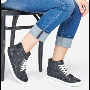 JustFab Ainhoa Black & White Faux Leather Sneaker